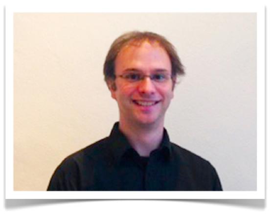 Professeur d'Anglais Dan Brown